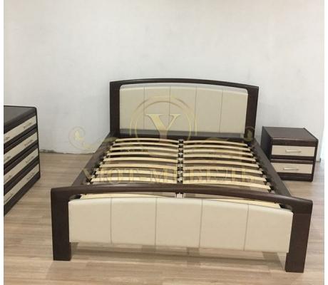 Деревянная двуспальная кровать из массива Бали со вставкой