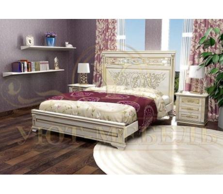 Деревянная двуспальная кровать из массива Лирона 3 тахта