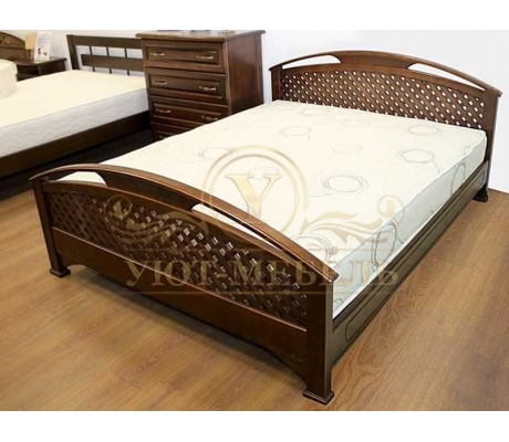 Деревянная двуспальная кровать из массива Омега сетка