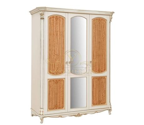 Шкаф из массива 3 створчатый Альба 2