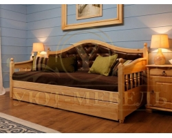 Кровать из массива сосны Софа
