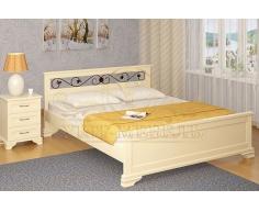 Деревянная двуспальная кровать из массива Лира с ковкой