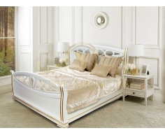 Деревянная двуспальная кровать из массива Сиена