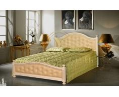 Деревянная двуспальная кровать из массива Виллия