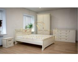 Спальный гарнитур из массива Виттория
